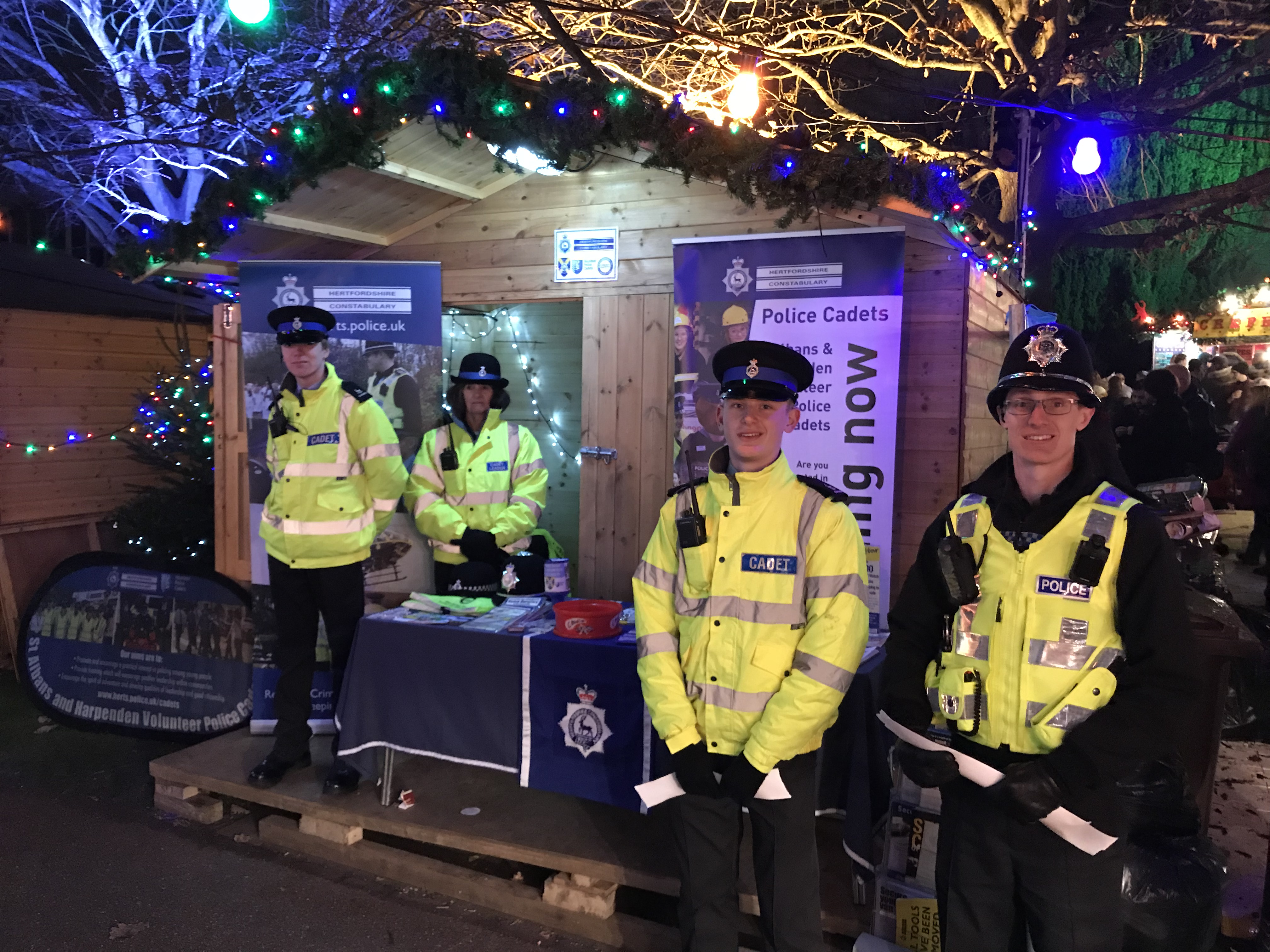 Herts Police Cadets offer festive crime prevention advice in St Albans and Harpenden