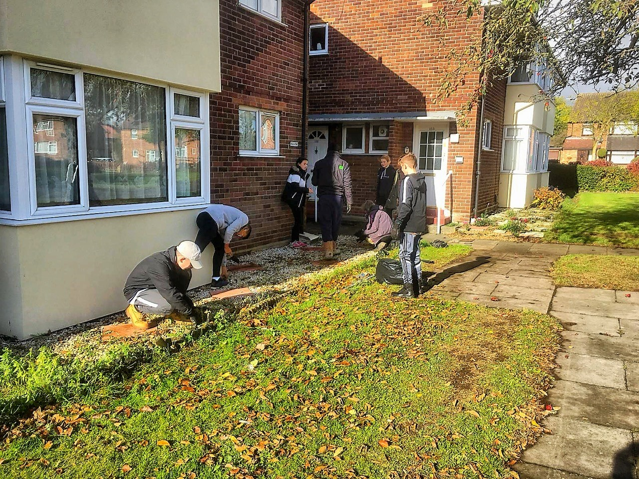Suffolk VPC tidy up at Stratford Court