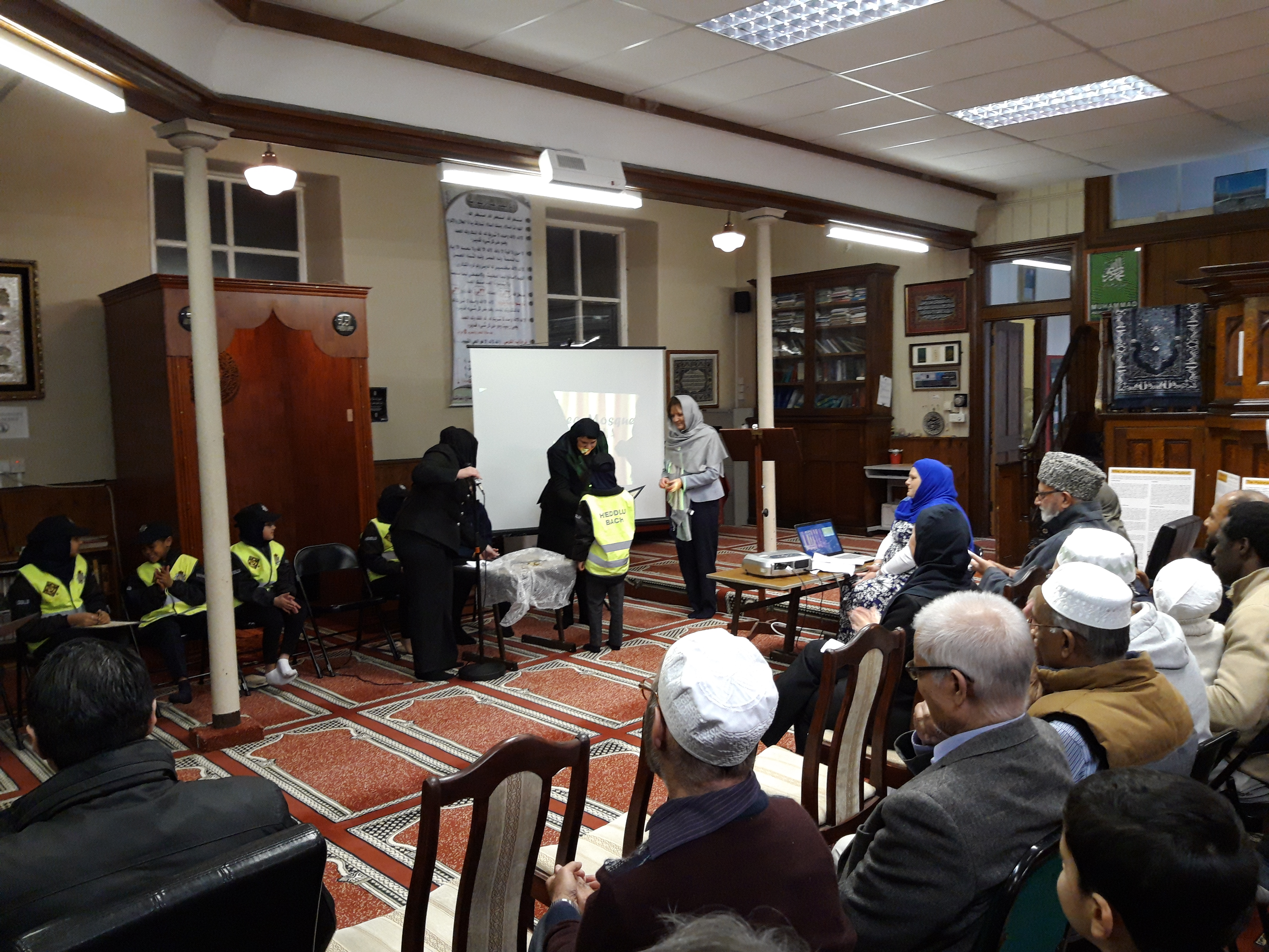 Gwent Police sets up first Heddlu Bach/Mini Police unit in Wales and the UK linked to a mosque